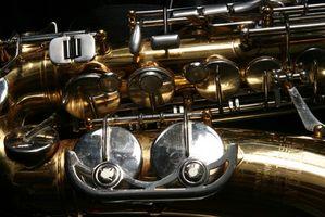 Cómo identificar un saxofón Bundy Selmer