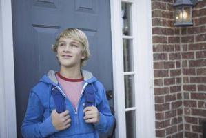 Leyes sobre dejando un hogar de niños solo en Massachusetts