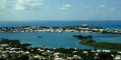 Cómo encontrar un amigo perdido en las Bermudas