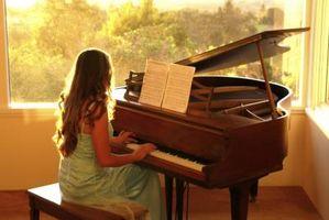 Cómo limpiar un Piano antiguo