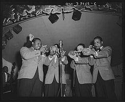 Cómo jugar trompeta profesional