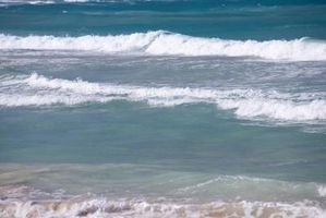 ¿Cómo se producen ondas mecánicas?