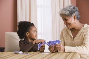 Juegos de cartas para la noche de juegos familiar