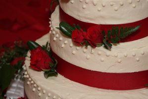 Suministros para hacer las tortas de boda falsa