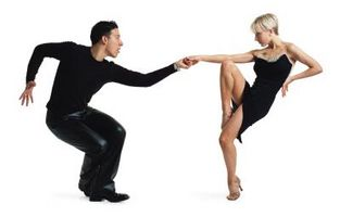 Cómo convertirse en un bailarín de Salsa competitivo
