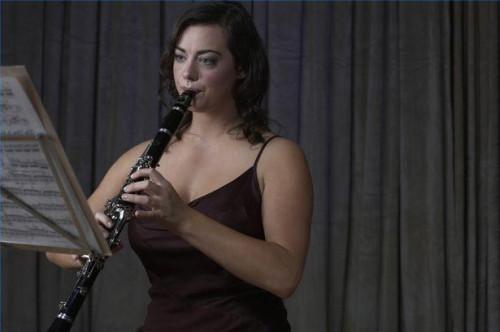 Cómo limpiar la boquilla de un clarinete