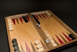 Cómo contar los puntos en el Backgammon