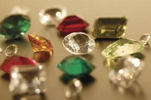 Cómo cavar para piedras preciosas