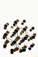 Cómo descubrir el número de átomos en las moléculas