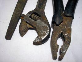 Cómo restaurar viejas máquinas y herramientas