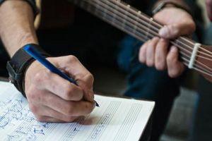 Cómo traducir la música y sonidos para partituras y notas