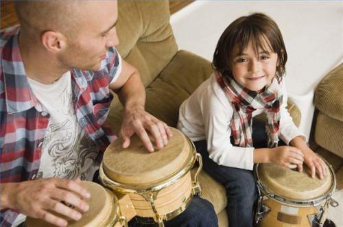 Cómo enseñar el ritmo con instrumentos