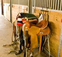 Cómo determinar la calidad en una silla de montar occidental