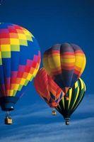 Los efectos de la temperatura en las moléculas de aire en globos