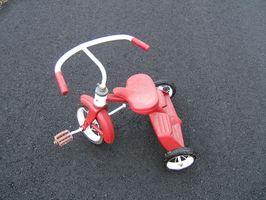 Cómo cambiar una rueda de triciclo