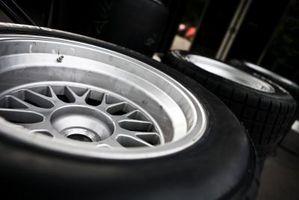 Cómo Refinish Auto ruedas