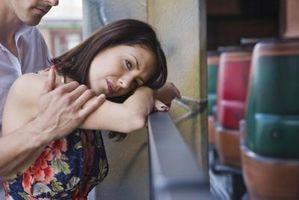 Cómo tomar a un cónyuge después de separación e infidelidad