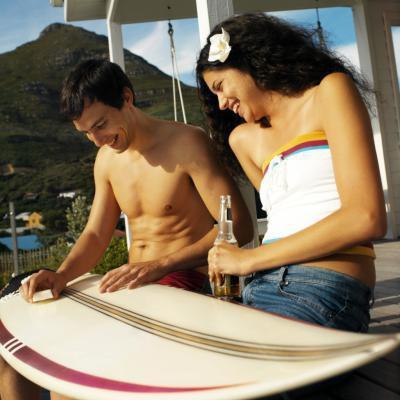 ¿Debe usar acetona en una tabla de surf?