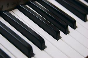 Cómo configurar un Roland RA 50 con acordeón MIDI