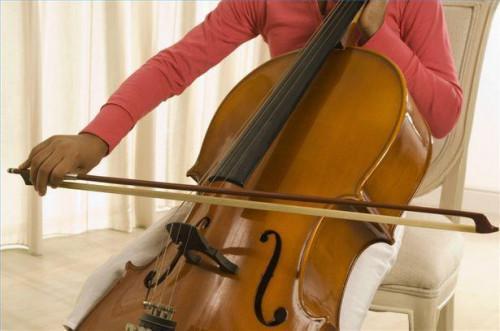 Cómo lograr otras posiciones de dedos para el Cello