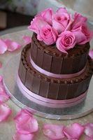 Cómo hacer un pastel de boda de barro Chocolate
