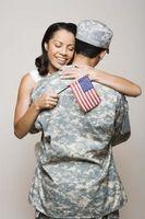 Cómo lidiar con su cónyuge de ser ido en el ejército