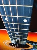 Información de guitarras acústicas de Gibson