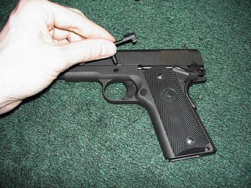 Cómo desmontar una Colt 1911 o pistola de 1991