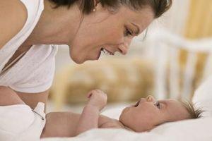 Cosas que hacer con su bebé recién nacido