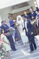 La historia de la tradición de arrojar arroz en una boda