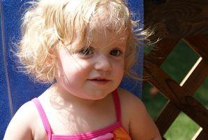 Cómo detener a un niño de pelo tirar