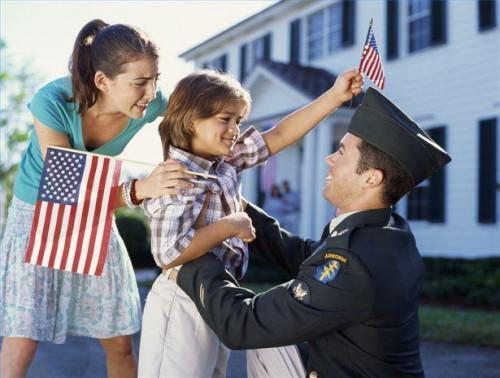 Cómo obtener beneficios de adopción militar