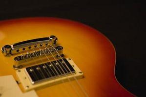 Cómo ajustar una guitarra Jackson de puente ajustable