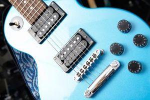 Cómo hacer un botón de tono de la guitarra