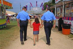 Una descripción de niños de un oficial de policía