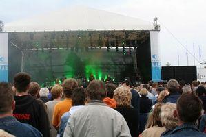 Cómo asistir a un concierto al aire libre