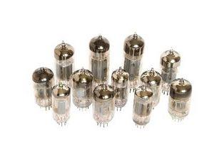 Cómo convertir un Hammond AO-35 tubo amplificador para Guitarra