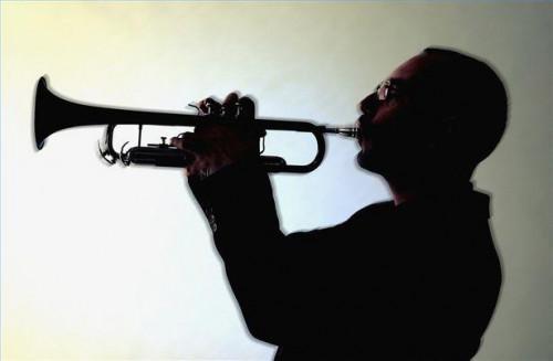 Cómo jugar trompeta Jazz
