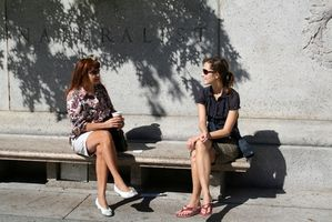 Cómo encontrar lugares para conocer mujeres