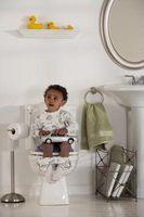 Cómo obtener ayuda con orinal formación su niño