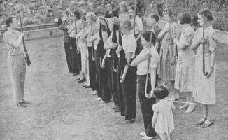 Cómo crear una boda temática de los años 1940