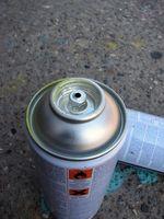 Cómo reciclar las latas de pintura en aerosol