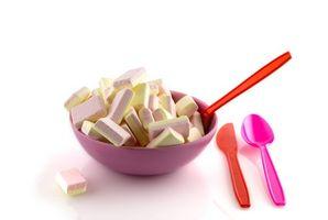 Cómo enseñar a los niños hábitos saludables de comer