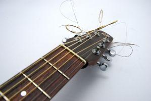 Cómo cambiar las cuerdas en trémolo o Palanca Whammy
