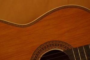 Cómo terminar una guitarra casera